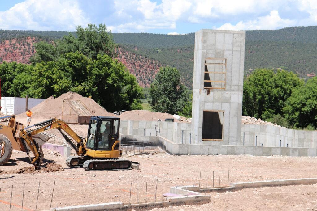 ris Lodge Under construction